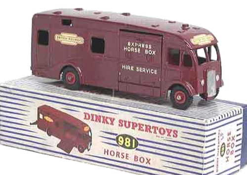 Dinky 981Horse Box British Railways Supertoys Box
