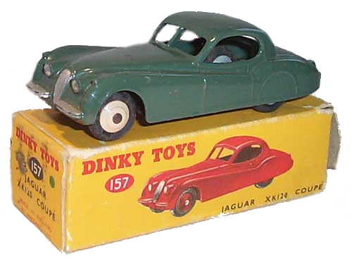 Dinky 157 Jaguar XK120 Coupe with box